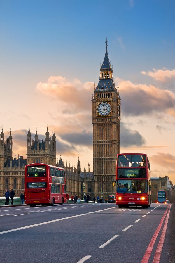 Image of Big Ben, one of London's main tourist attractions