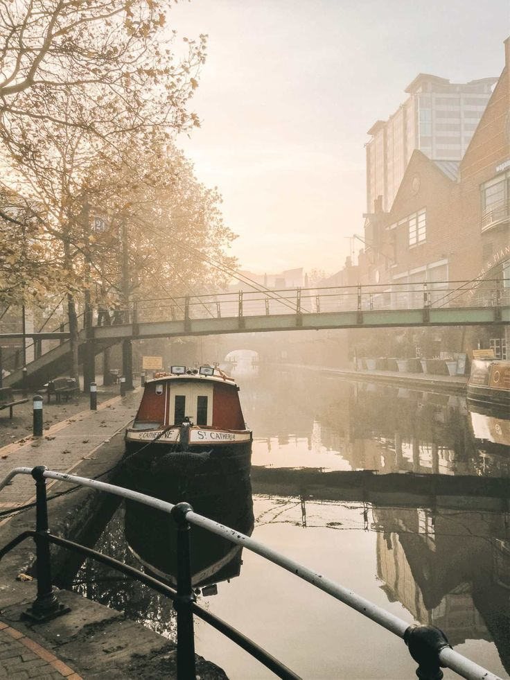 Birminghams famous canals looking hauntingly beautiful as the sun rises