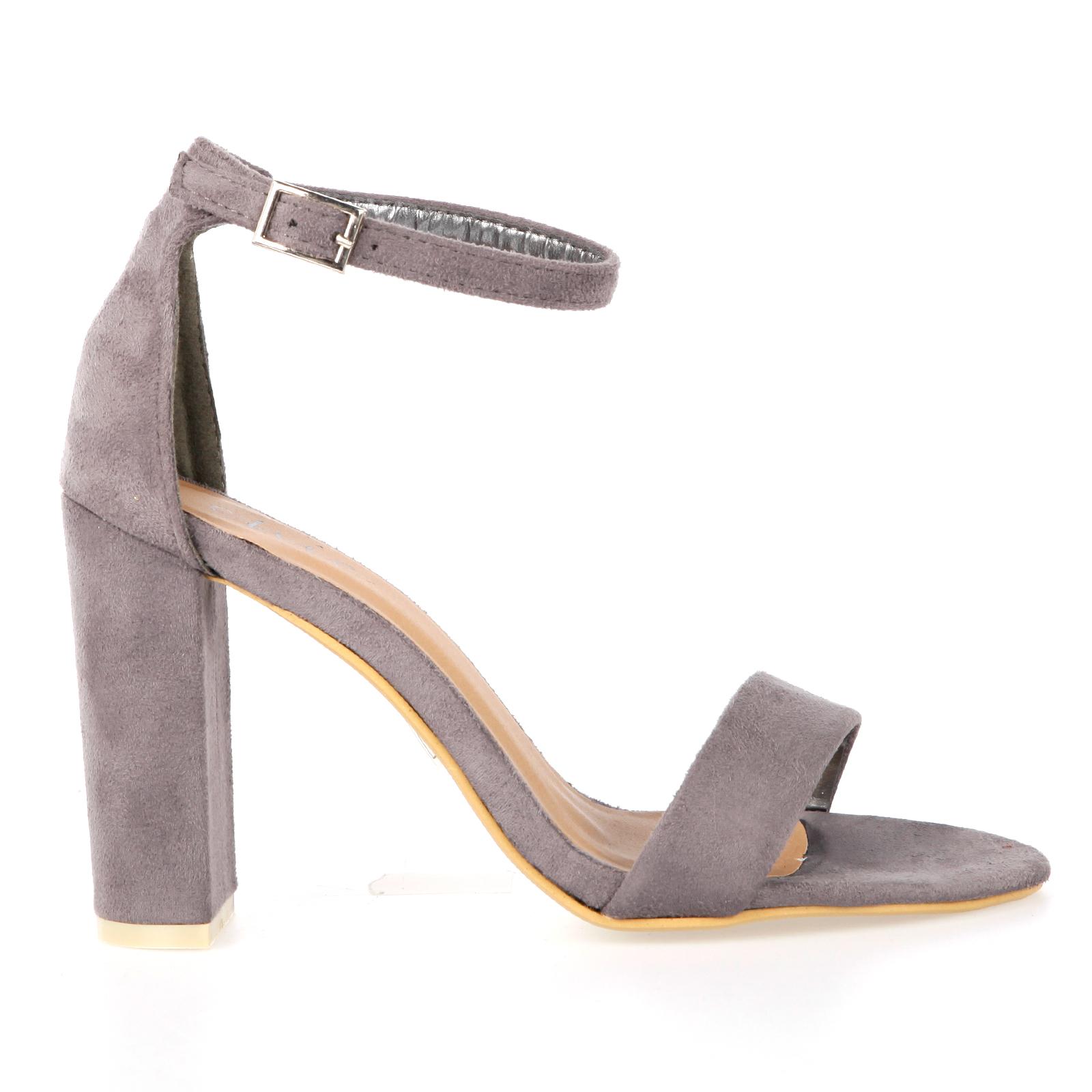 Black Heels: Black Heels Under 10 Dollars
