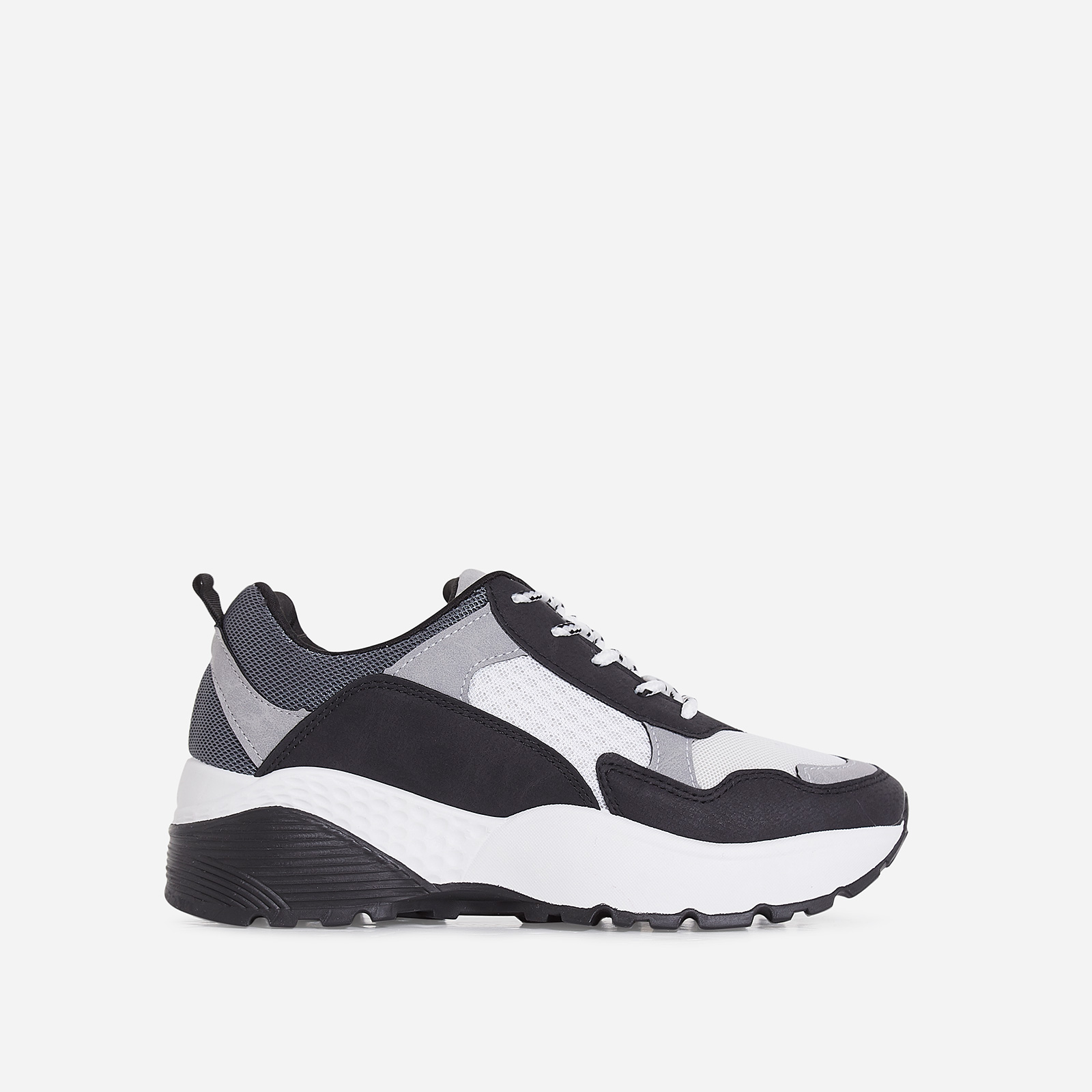 Alpha Chunky Sole Trainer In Black And Grey