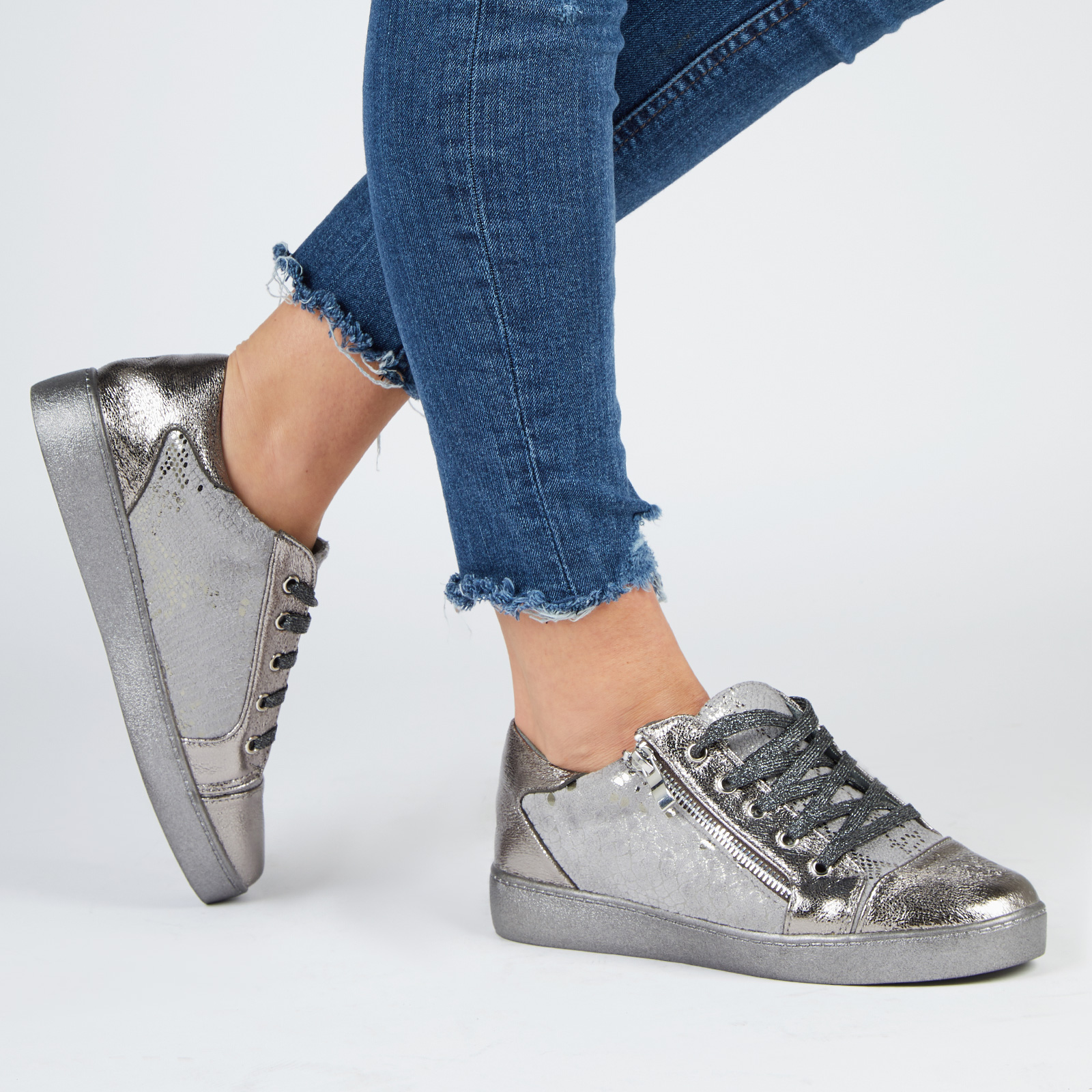 Shoes Kami Snake Print Lace Up Trainers In Silver Faux Leather