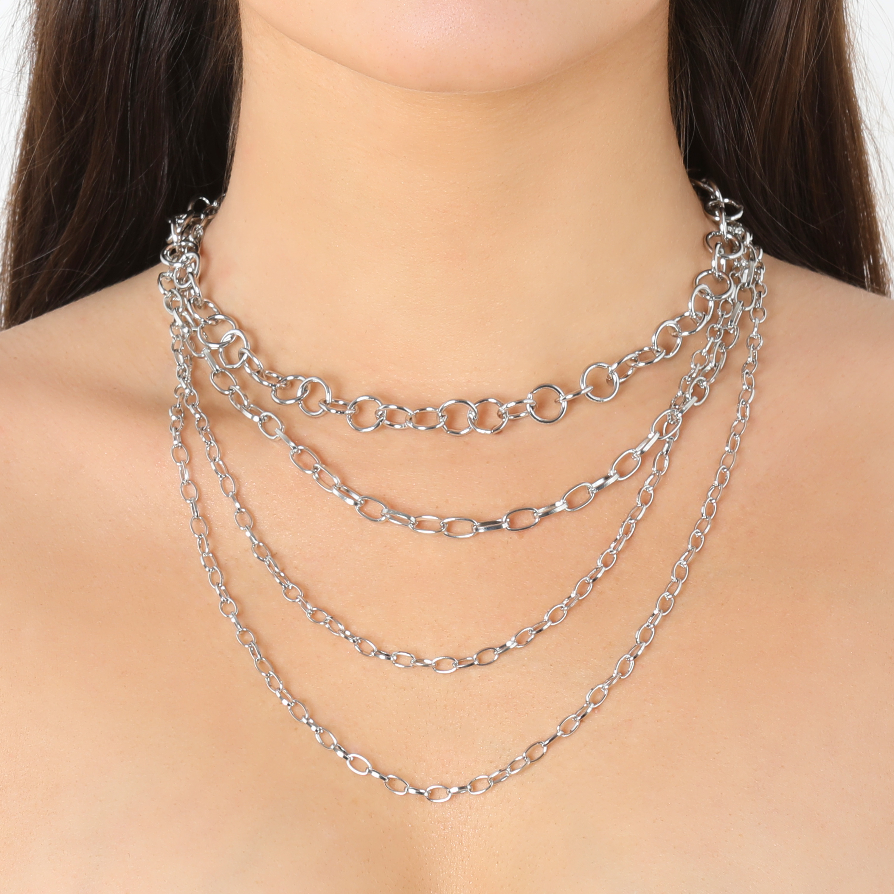 Multi Circle Chain Necklace In Silver