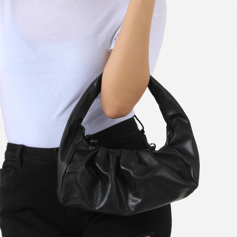 Ruched Shoulder Bag In Black Faux Leather