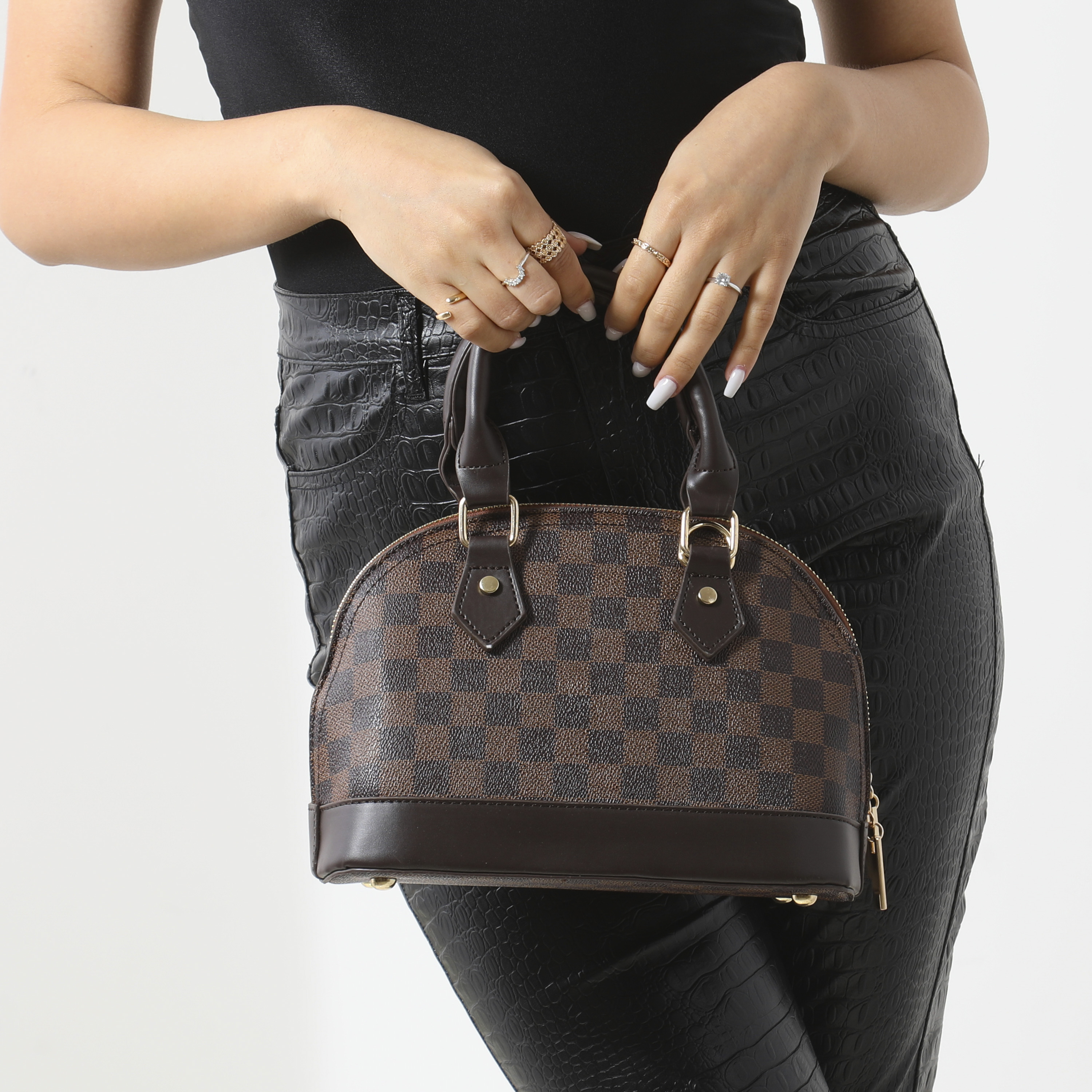 Checked Oval Handbag In Brown Faux Leather