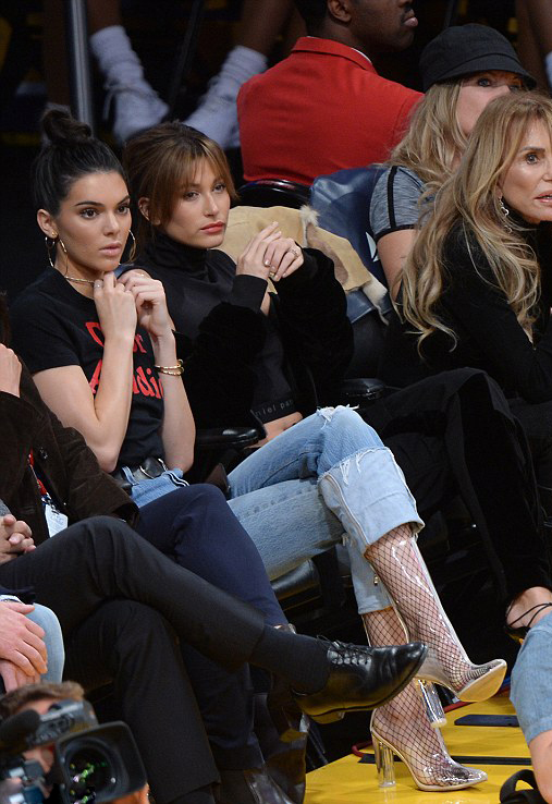 Hailey Baldwin Kendall Jenner Lakers Game