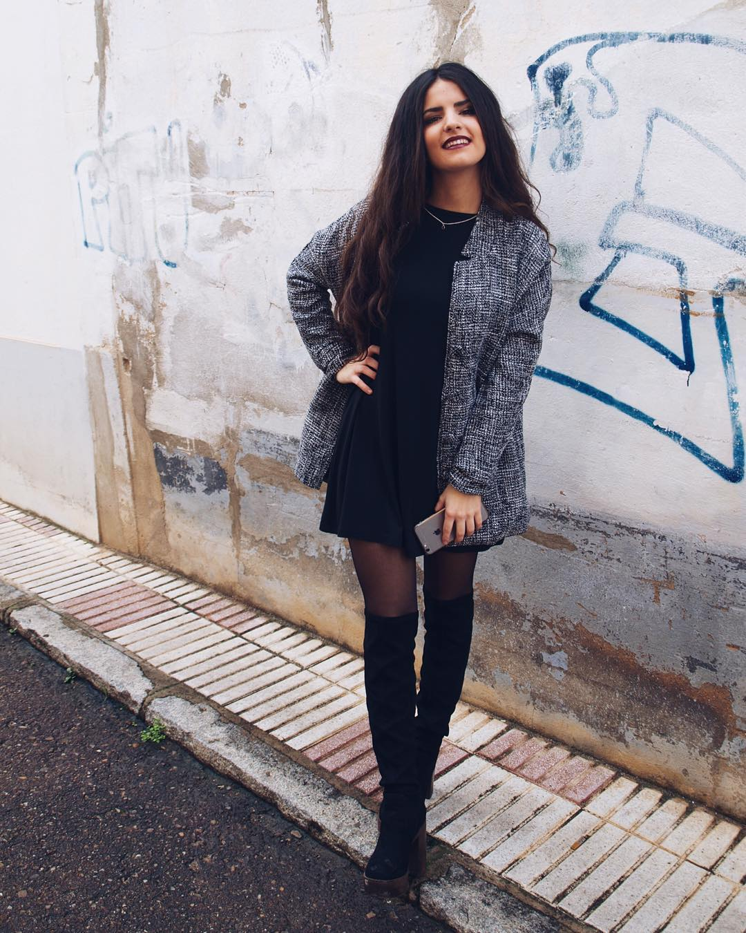 MSORIANOB BLOGGER BEING A BABE IN EGO SHOES