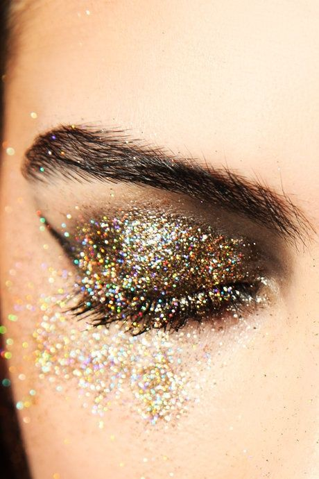 Glitter pop eye at christmas with ego
