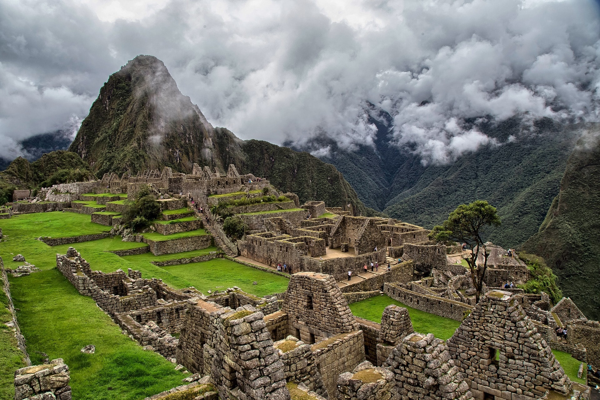 An image of Machu Picchu in Peru, where many backpackers and travellers visit on their gap year travels